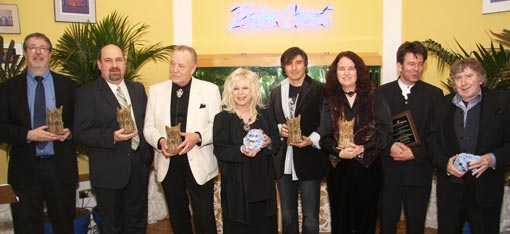 Bram Stoker Award Winners (left to right): Norman Prentiss, Michael Knost, Brian Lumley, Tanith Lee, Hank Schwaeble, Lisa Morton, Ray Russell, and James Herbert.